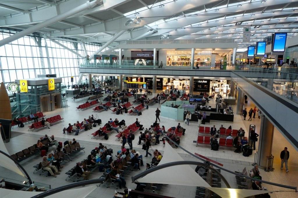 Venteområde i Gatwick Lufthavn.